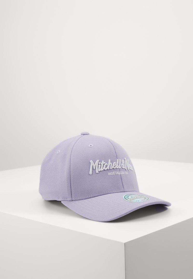 Mitchell & Ness - PINSCRIPT - Caps - passtle purple