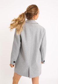 Pimkie - Short coat - grau meliert - 2