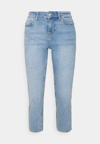 Pieces Petite - PCLUNA STRAIGHT - Straight leg jeans - medium blue denim - 0