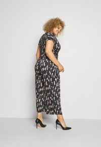 Anna Field - OCCASION - ALL OVER PRINT SHORT SLEEVES FRONT KNOT JUMPSUIT - Jumpsuit - black/multi-coloured - 2