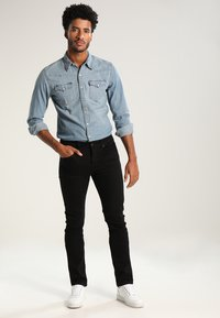 Levi's® - BARSTOW WESTERN - Shirt - red cast stone - 1