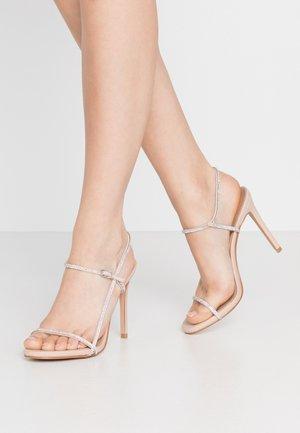OAKLYN - Sandaler med høye hæler - nude