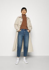 GAP - BARREL - Jeans Tapered Fit - dark indigo - 1