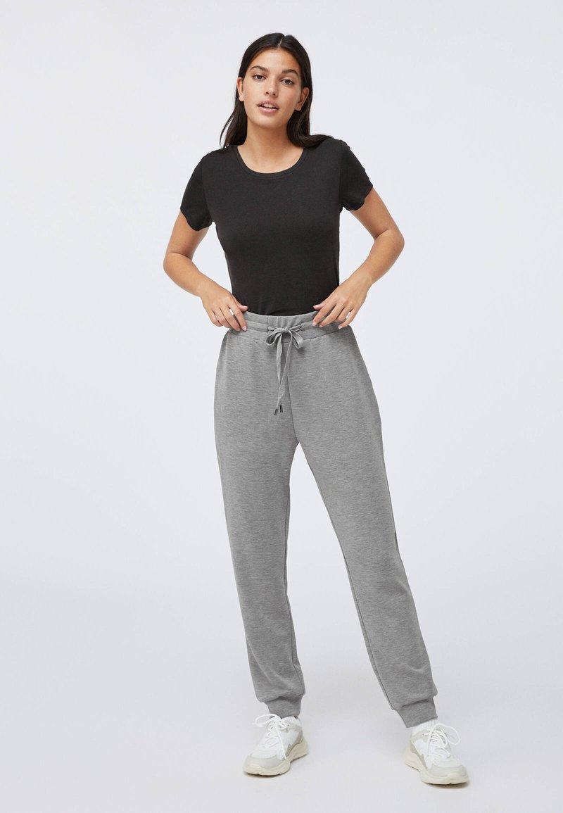 OYSHO - Pantalon de survêtement - light grey