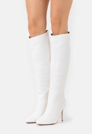 CURZON - Vysoká obuv - white