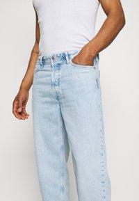Jack & Jones - JJIROB JJORIGINAL  - Straight leg jeans - blue denim - 4