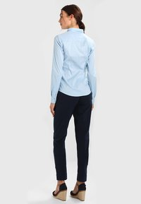 Tommy Hilfiger - AMY - Button-down blouse - shirt blue - 2