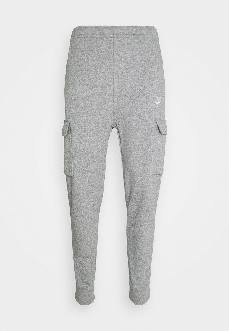 Nike Sportswear - CLUB PANT - Pantaloni sportivi - grey heather/matte silver/white