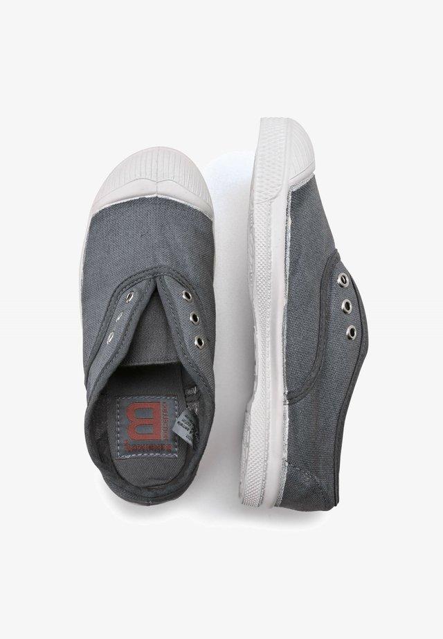 EYELETS - Slip-ons - grey