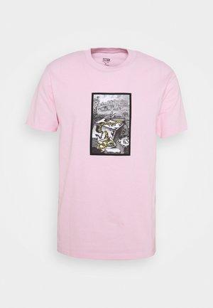 SNAKES - Print T-shirt - pink