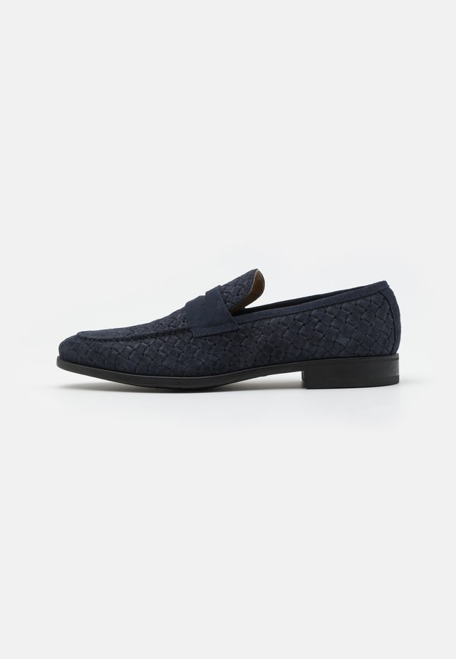 Smart slip-ons - blue