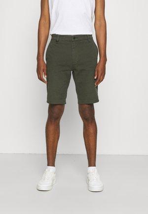 CODY - Shorts - olive green