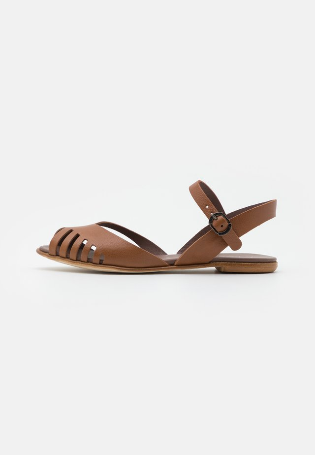 Sandales - tan
