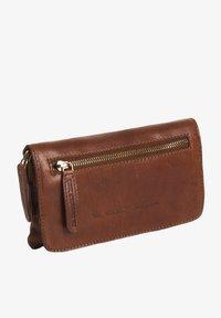 The Chesterfield Brand - Bum bag - cognac - 0