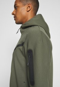 Nike Sportswear - Zip-up hoodie - twilight marsh/black - 3