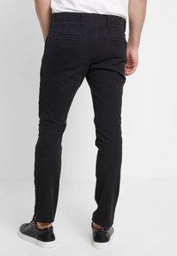DOCKERS - SMART FLEX ALPHA  - Chino kalhoty - black - 2