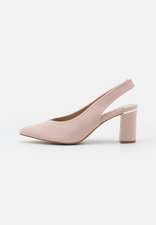 WIDE FIT EMILY BLOCK HEEL SLINGBACK COURT - Decolleté - blush