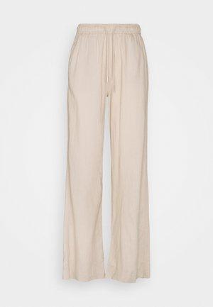 BRIZA PANTS - Trousers - sandstone