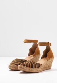 Shoe The Bear - SALOME - Plateaupumps - tan - 4