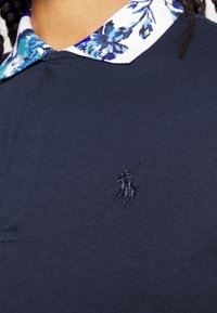 Polo Ralph Lauren Golf - FASHION SLEEVE - Polo shirt - french navy/porcelain floral - 5