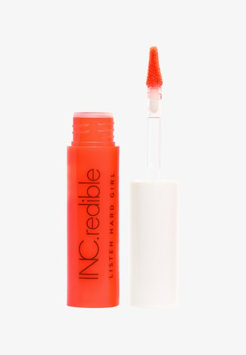 INC.REDIBLE LISTEN HARD GIRL LIPSTICK - Liquid lipstick - i'm hot rn