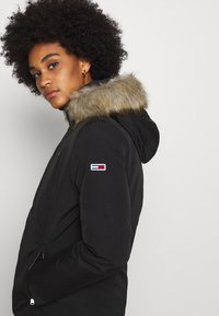 Tommy Jeans - TECHNICAL - Doudoune - black