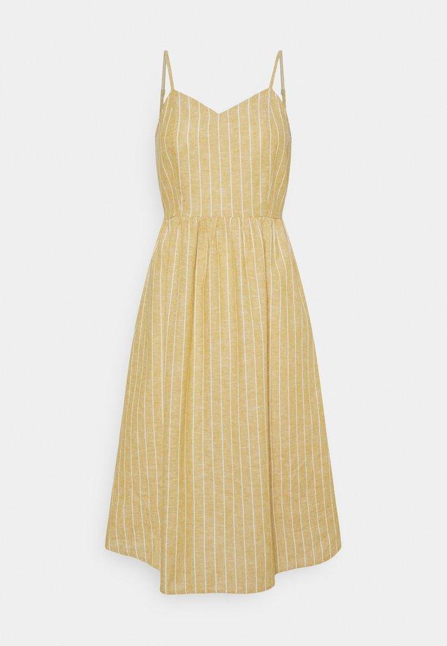 ONLVIVIAN-CANYON LONG LIFE DRESS - Korte jurk - golden spice/cloud dancer