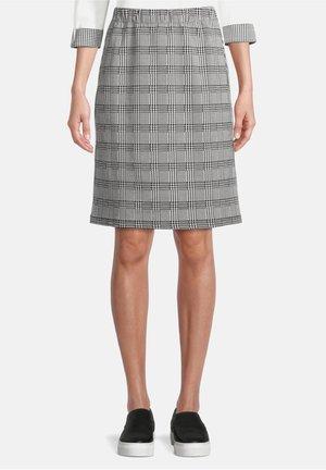 SCHMAL GESCHNITTEN - Pencil skirt - schwarz/weiß