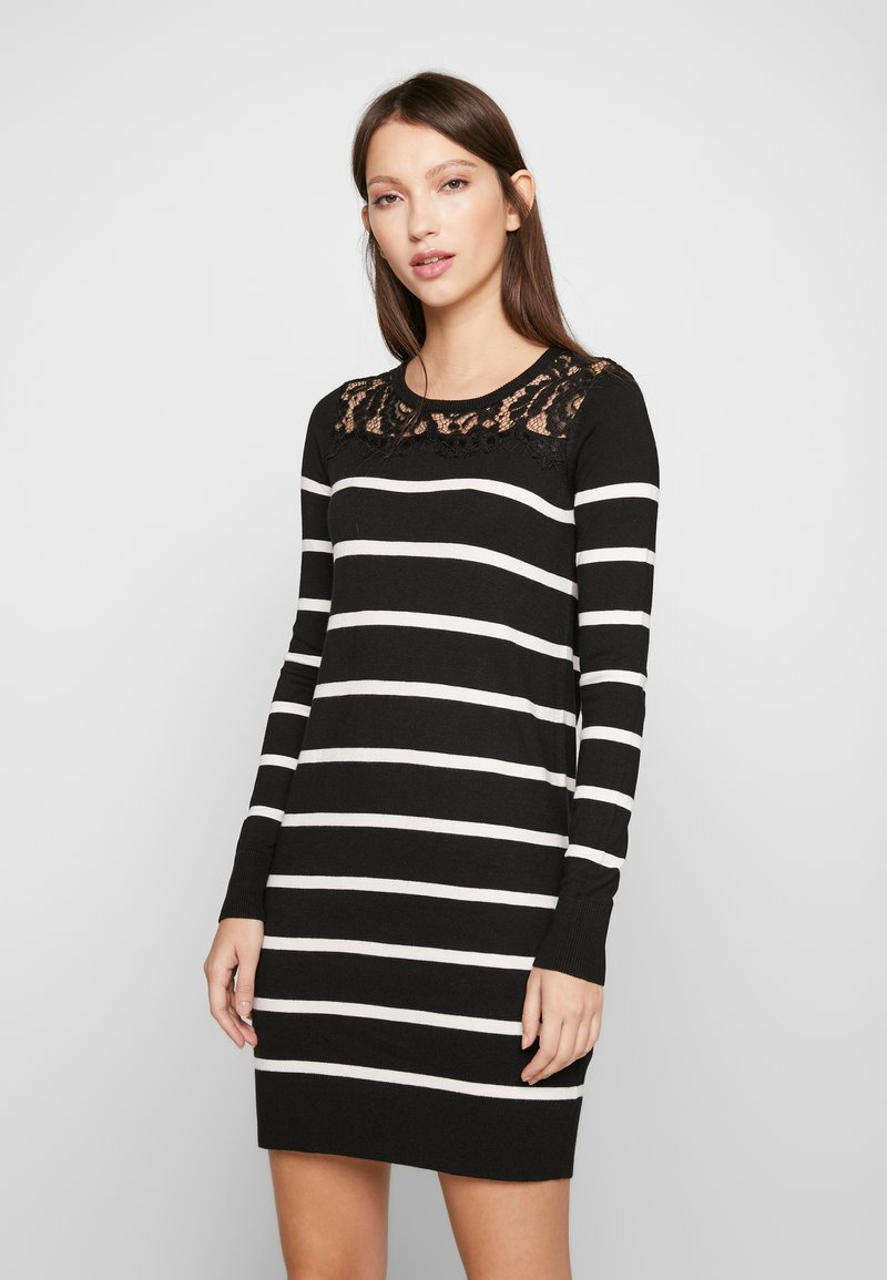 Vero Moda Petite - VMLACOLE LACE DRESS - Vestido de punto - black/snow white/black lace