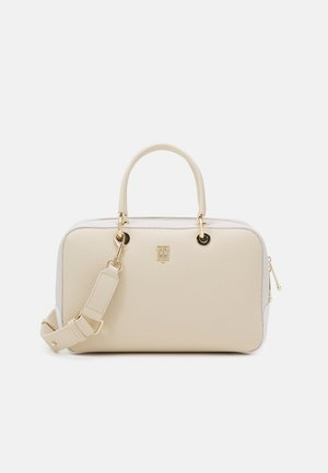 ESSENCE DUFFLE - Weekend bag - beige