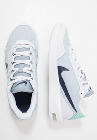 Nike Performance - COURT AIR MAX VAPOR WING - Multicourt tennis shoes - football grey/midnight navy - 1