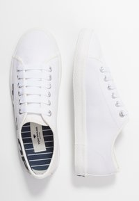 TOM TAILOR - Trainers - white/navy - 3