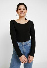 Anna Field Petite - 2PACK  - Bluzka z długim rękawem - black/white - 2