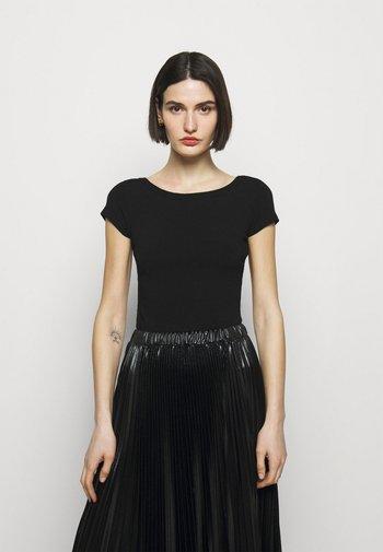 DANZANTE - Printtipaita - black
