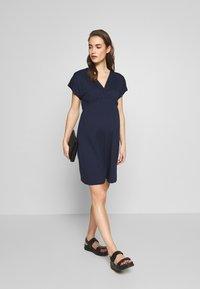 Envie de Fraise - EVI MATERNITY DRESS - Sukienka z dżerseju - navy blue - 1