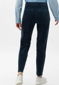 BRAX - STYLE MAREEN - Trousers - faded blue - 2