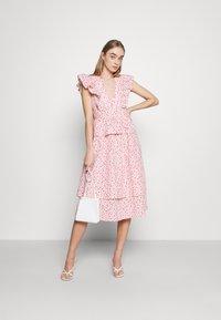 YAS - YASMUNLA MIDI DRESS SHOW - Day dress - star white - 1