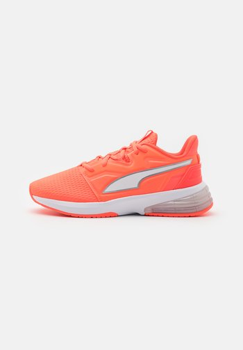 LVL-UP XT  - Sports shoes - fiery coral/white