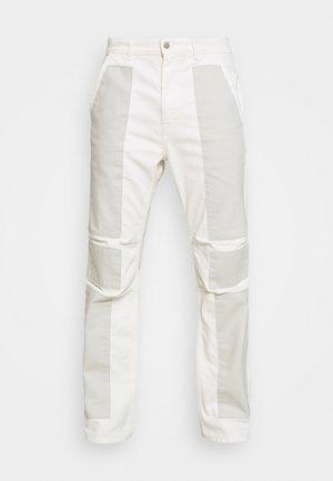 PATCHWORK GRUNGE - Jeans straight leg - blue