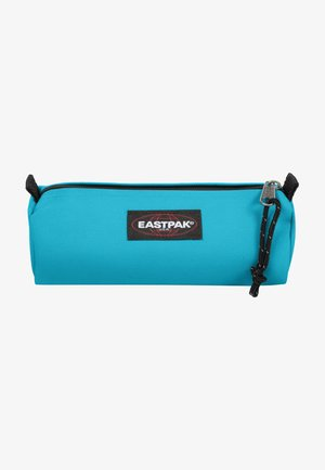 BENCHMARK SINGLE - Wash bag - pool blue