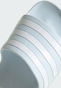 adidas Performance - ADILETTE AQUA - Badslippers - blue - 5
