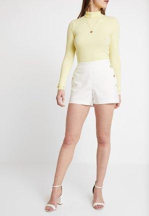SHOUPI - Shorts - off white