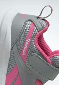 Reebok - Stabiliteit hardloopschoenen - grey - 6