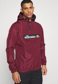 Ellesse - MONT  - Windbreaker - burgundy - 3