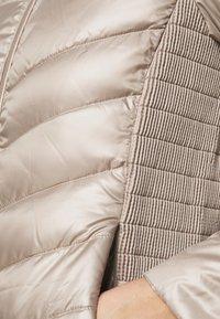 Lauren Ralph Lauren - PEARL SHEEN RACER MOTO SOFT - Down jacket - luxe - 4