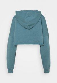 Missguided Petite - CROPPED HOODIE - Hoodie - light blue - 1