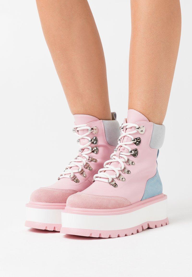 Koi Footwear - VEGAN HYDRA - Platform ankle boots - pink
