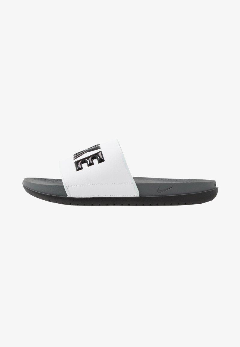Nike Sportswear - OFFCOURT - Matalakantaiset pistokkaat - dark grey/black/white