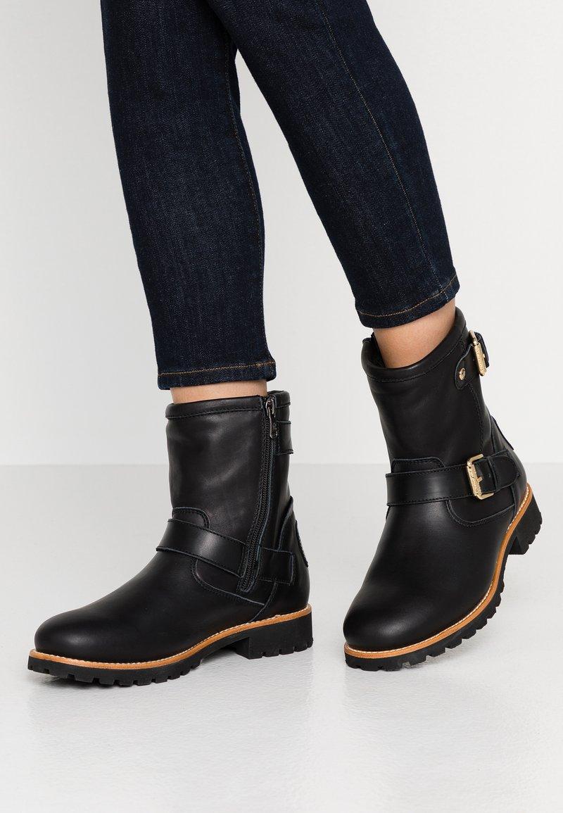 Panama Jack - FELINA IGLOO TRAVELLING - Cowboy/biker ankle boot - black