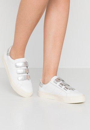 ARCADE STRAPS - Trainers - white/silver